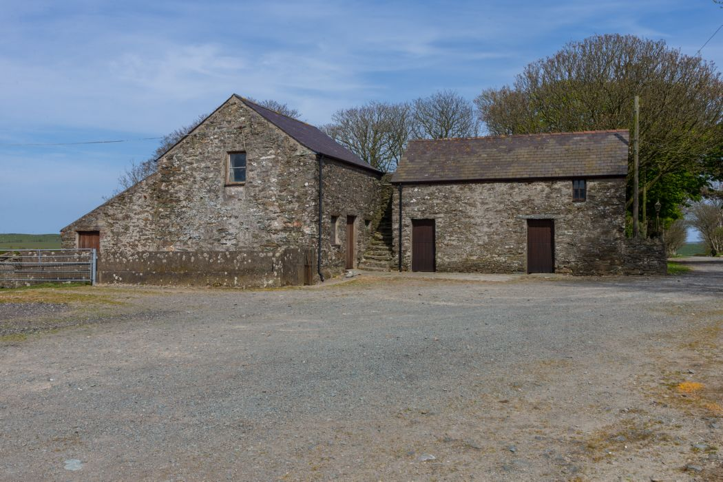 range of traditional agricultural buildings with scope for alternative use (subject to obtaining necessary consents)