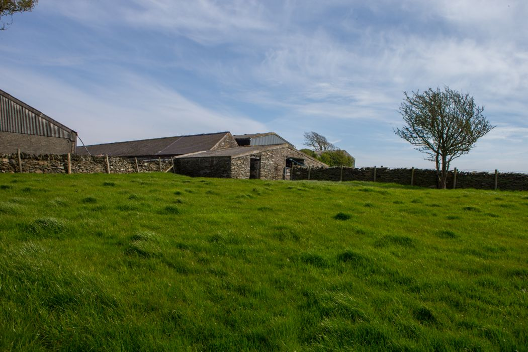 range of traditional agricultural buildings with scope for alternative use (subject to obtaining necessary consents), modern general purpose agricultural buildings